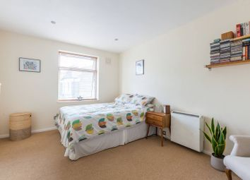2 bed maisonette for sale in Endymion Road, Brixton, London SW2