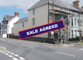 Thumbnail 2 bed flat for sale in Victoria Avenue, Porthcawl