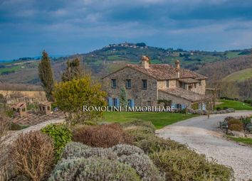 Thumbnail 7 bed farmhouse for sale in Todi, Umbria, Italy