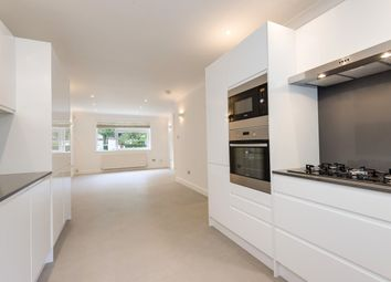 Thumbnail 5 bed flat to rent in Queensmead, St John's Wood Park