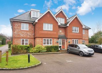 Thumbnail 2 bed flat for sale in Highdown Close, Banstead