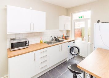 Thumbnail Room to rent in Room 2, Stanhope Road