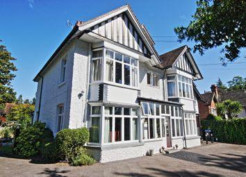 Thumbnail 2 bedroom flat to rent in Wych Hill Lane, Hook Heath, Woking