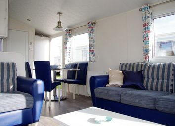2 bed property for sale in Towyn LL18