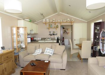 Thumbnail 2 bed mobile/park home for sale in Barholm Road, Tallington, Stamford