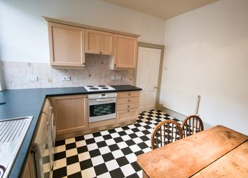 Thumbnail 2 bed flat to rent in Grove Street, Bath