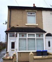 Thumbnail 2 bedroom end terrace house to rent in Wall Street, Blackpool