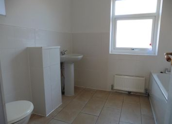 Thumbnail 3 bed cottage to rent in Bermuda Road, Tilbury
