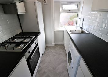 Thumbnail 3 bed flat to rent in Crofthill Road, Croftfoot, Glasgow
