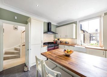 Thumbnail 3 bedroom flat for sale in Calbourne Road, London