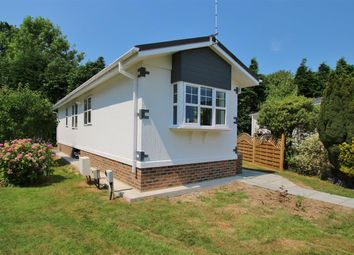 Thumbnail 2 bed mobile/park home for sale in Roundstone Park, Worthing Road, Horsham
