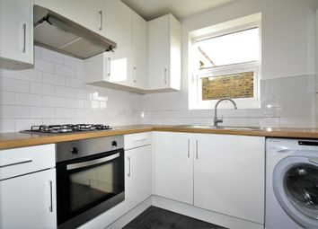 Thumbnail 2 bedroom flat to rent in Hewitt Road, London