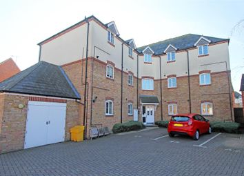 Thumbnail 2 bed flat for sale in Abelyn Avenue, Sittingbourne