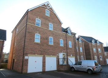 Thumbnail 2 bed flat to rent in Dennison Street, York