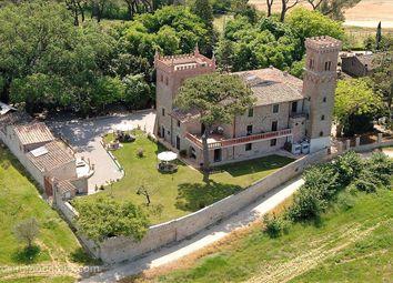 Thumbnail 8 bed farmhouse for sale in S. R. 71, Città Della Pieve, Umbria