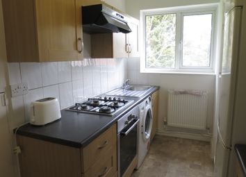 2 bed maisonette to rent in Byron Road, Wembley HA0
