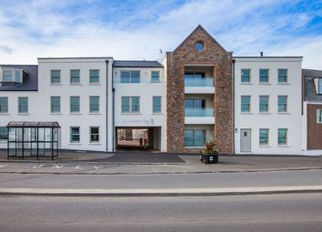 Thumbnail 2 bed flat to rent in Glategny Esplanade, St. Peter Port, Guernsey