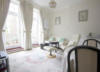 Thumbnail Flat for sale in Frognal, Hampstead, London