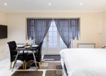 Serviced flat to rent in York Street Chambers, York Street, London W1H