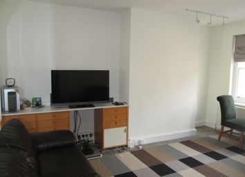Thumbnail 3 bed flat to rent in Upper Berkeley Street, London