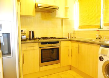 Thumbnail 2 bed flat to rent in Stepney Green, London