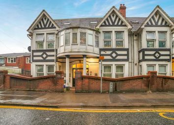 Thumbnail 2 bed flat for sale in Marsh Road, Luton, Bedfordshire, United Kingdom