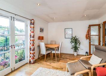 Thumbnail 2 bedroom flat to rent in Ravens Lane, Berkhamsted