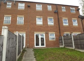 3 bed town house to rent in Sheffield Road, Chesterfield S41