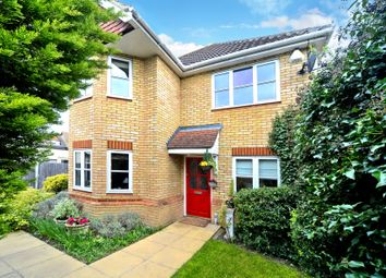 Thumbnail 4 bed detached house for sale in Litchfield Gardens, Cobham
