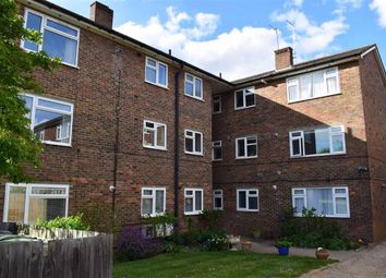 Thumbnail Flat to rent in Connaught Avenue, Chingford, London