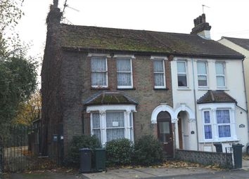 Thumbnail 4 bed property to rent in The Brent, Dartford
