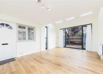 Thumbnail 1 bed property to rent in College Gardens, London