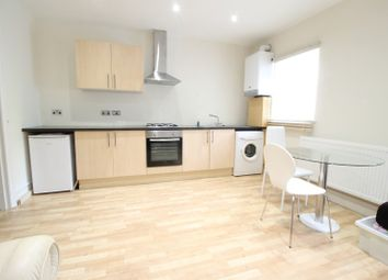 Thumbnail Studio to rent in Newlands Drive, Maidenhead