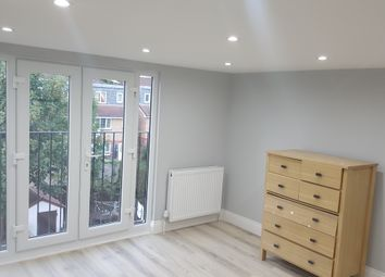 Thumbnail 1 bed flat to rent in Howard Road, Isleworth