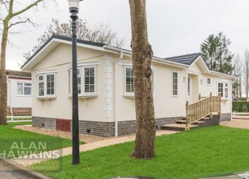 Thumbnail 2 bed mobile/park home for sale in Lydiard Residential Park, Hook Street, Royal Wootton Bassett