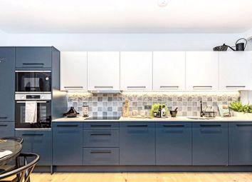 Esher Park Gardens, Littleworth Road, Esher, Surrey KT10. 1 bed flat