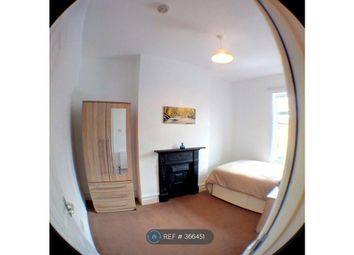 Thumbnail Room to rent in Jaffrey Street, Leigh