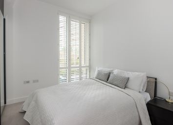 Thumbnail 1 bed flat to rent in Kew Bridge Road, Brentford TW8, Kew / Brentford,