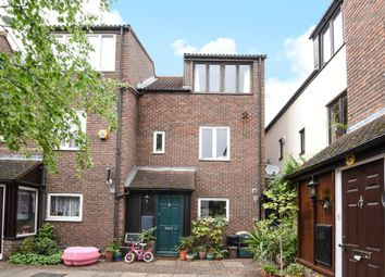 Thumbnail 3 bed detached house for sale in Jutland Close, London