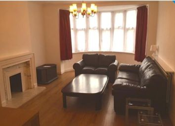 Thumbnail 3 bed flat to rent in Quadrant Close, Hendon