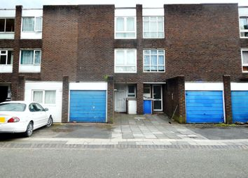 Thumbnail 5 bed town house to rent in Everglade Strand, London
