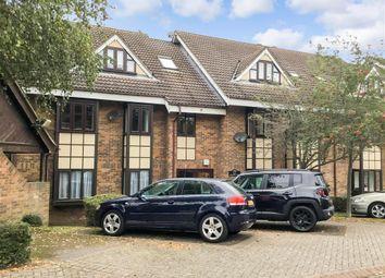 2 bed flat for sale in Hills Road, Buckhurst Hill, Essex IG9