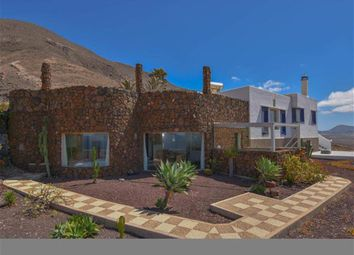 Thumbnail 5 bed villa for sale in Famara, Lanzarote, Spain