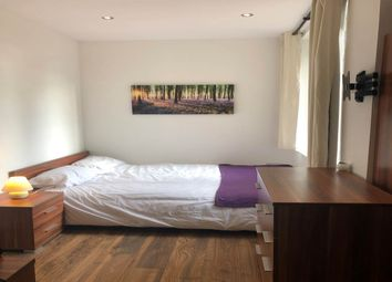 Thumbnail Room to rent in Room 6, Broadway, City Centre, Peterborough