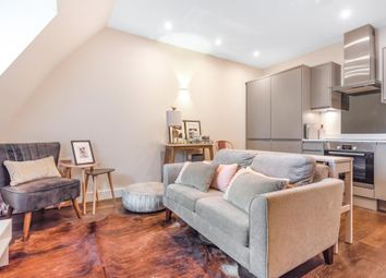 Thumbnail 1 bed flat for sale in Whetstone, High Road, London N20,