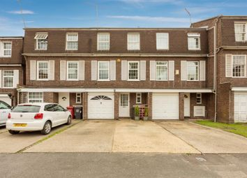3 bed town house for sale in Arborfield Close, Slough SL1