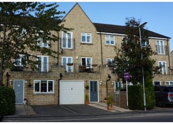 Thumbnail 4 bed town house for sale in Grenoside View, Highburton, Huddersfield