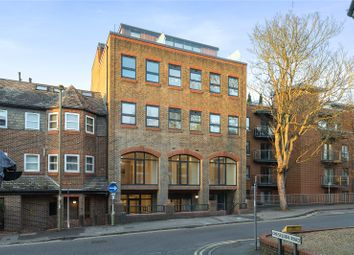 City Point, 67 Sydenham Road, Guildford, Surrey GU1. 1 bed flat