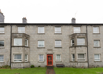 Thumbnail 3 bed flat to rent in Powis Circle (Hmo), Aberdeen