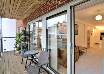 Thumbnail 2 bed flat for sale in New Zealand Avenue, Walton-On-Thames
